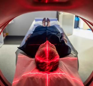 Как пройти МРТ при клаустрофобии