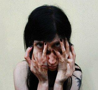 Проявление шизофрении: главные симптомы и признаки расстройства